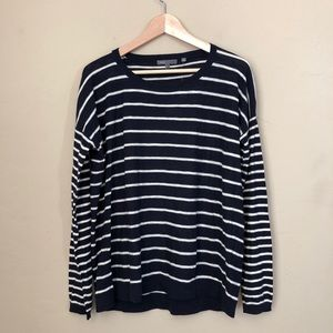 VINCE navy white nautical classic crew pullover
